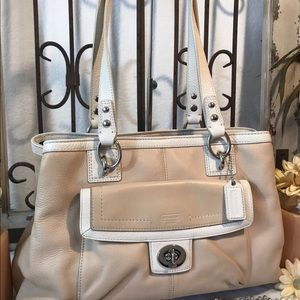 COACH Penelope Leather Bag Putty & Off White 19044